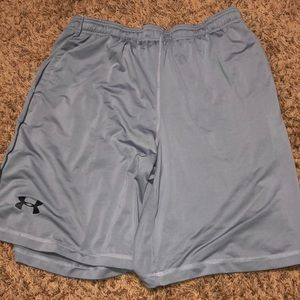 UNDER ARMOUR Men's Gray Athletic Shorts Size XL